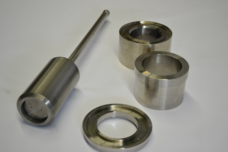tungsten-carbide-plug-seat-and-bushing
